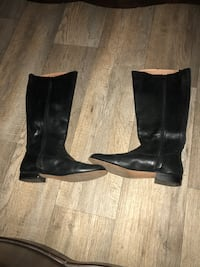 pair of black leather boots Corona, 92881