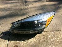 2013 ford escape left side headlight  Northbrook, 60062