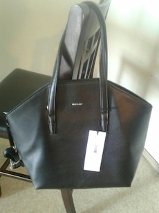 Matt & Nat black leather tote.