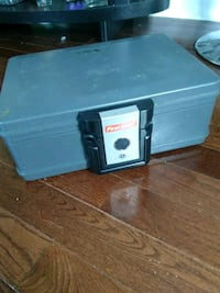 Security Safe w/key Capitol Heights, 20743