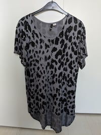 Oversized Drapey Tunic Blouse - Size 34 Richmond