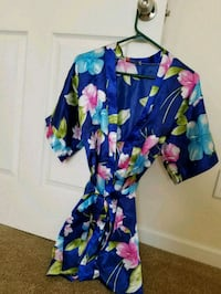 Silky robe Size S/M Madison, 35757