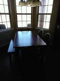 Table dining and chairs Yukon, 73099