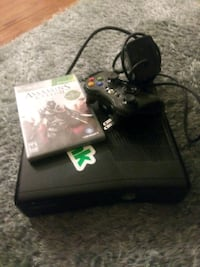 Xbox 360 console with controller and game ca Toms River, 08753