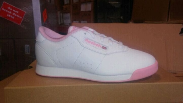 0ee04a401ab Old School Reebok pink   white sneakers. HomeFashion and Accessories South  Gate