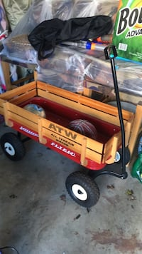 Red and brown radio flyer pull wagon Ashburn, 20147