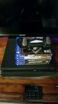 Ps4 5 games One controller and all hookups
