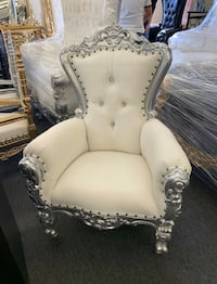 Cute Kids Throne Chair ($399 Cash Each) We Finance with $5 down!