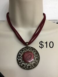 Burgundy velvet chain necklace with Disk Pendant, Excellent