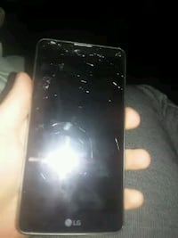 (Cracked) smartphone but works Hanford, 93230