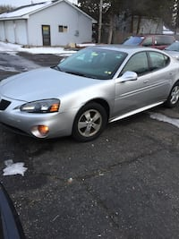 Pontiac - Grand Prix - 2008 Brooklyn Park, 55443