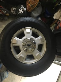 gray 5-spoke vehicle wheel and tire Maryville, 37801