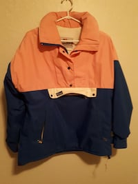 Old style pull over winter jacket medium Nanaimo, V9S 3N3