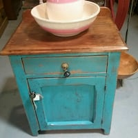 Roadshow Antiques mall Booth R349 Innisfil, L9S 3V9