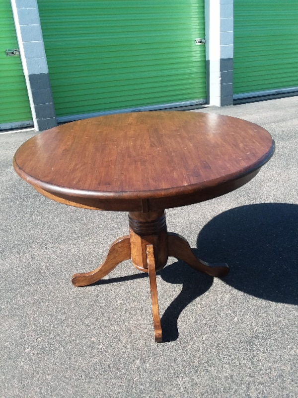 Solid wood round dining table!