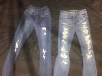 2 small pair of jeans  Cambridge, N1S 1S2