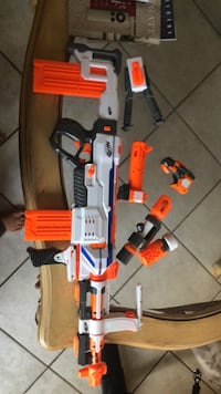 nerf regulater with double 12 round magazines and   extra attachments Weston, 33327