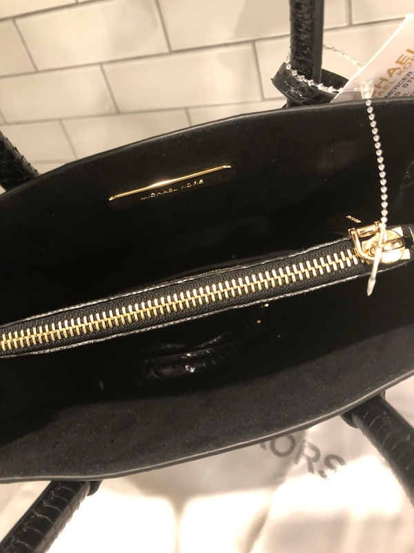 a7f4e9a97daa Used Michael kors snakeskin bag brand new for sale in Vaughan - letgo