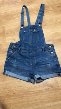 blue denim short shorts captura de pantalla Barcelona, 08013