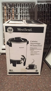 Electric coffee maker never used Manalapan, 07726