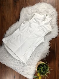 lululemon Run For Cold Vest / White size4 (Pre-Owned)