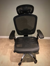 Ergonomic office chair with arms & detachable headset Toronto