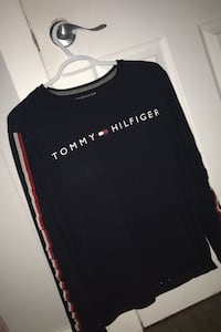 Small Tommy Hilfiger long sleeve