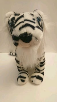 "Vintage Wonder Toys Co Inc. 2004 15"" White Tiger  Rosemead, 91770"