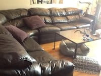 Sofa leather 3 piece with queen bed built in like new was very expensive New York, 11375