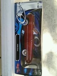 1949 FORD CONVERTIBLE. 1:18 scale