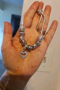 silver and diamond studded necklace Surrey, V3X 1P3