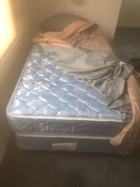 Twin size bed  Detroit, 48227