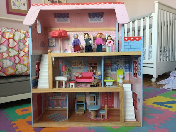 used kidkraft dollhouse with furniture and dolls for sale in
