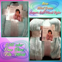 Cozy Plush Robe *NEW* One Size Fits Most - Mint Green