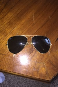 Sunglassess ray ban real price 175 Owings Mills, 21117