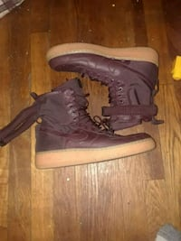 pair of gray Nike Air Force 1 high shoes 2346 mi