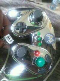 Metal Mario controller for wii and wii Toronto, M4A 1A5