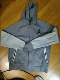 Jordan button up hoodie Mississauga, L5J 4C6