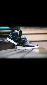 jordan 2 radio BNIB size 9.5 100% authentic pick u Vancouver, V5R 6H8