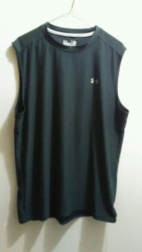 Mens large regular under armour tank muscle shirt Edmonton, T5E 2T3