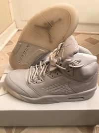 "Air Jordan 5 Premium ""Pure Platinum"" - Size 12 Laurel"