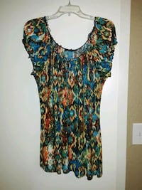 Colorful Top Size 18-20 Beaumont