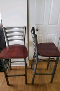 2 wood/metal bar stools with back