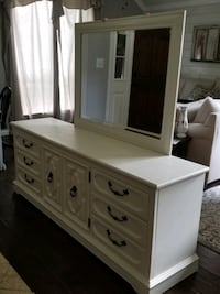 Absolutely gorgeous solid wood Vintage Dresser and Mirror refinished