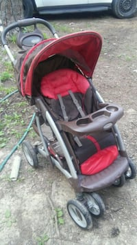 baby's black and red stroller Jackson, 39212