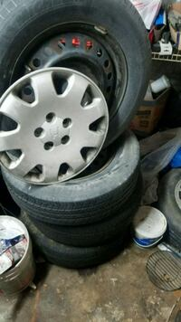2000 Honda Odyssey Factory rims with tires