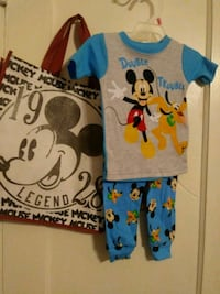 blue and white Mickey Mouse-printed shirt Tucson, 85705