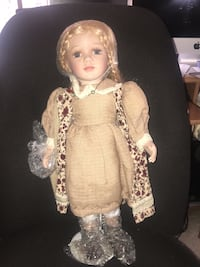 """Porcelain doll 18 1/2"""" tall Heirloom Doll from the duck house Jessup, 20794"""