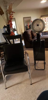 Recliner shampoo chair with portable dryer  Montgomery Village