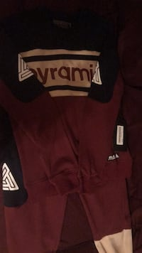 Black Pyramid sweatsuit
